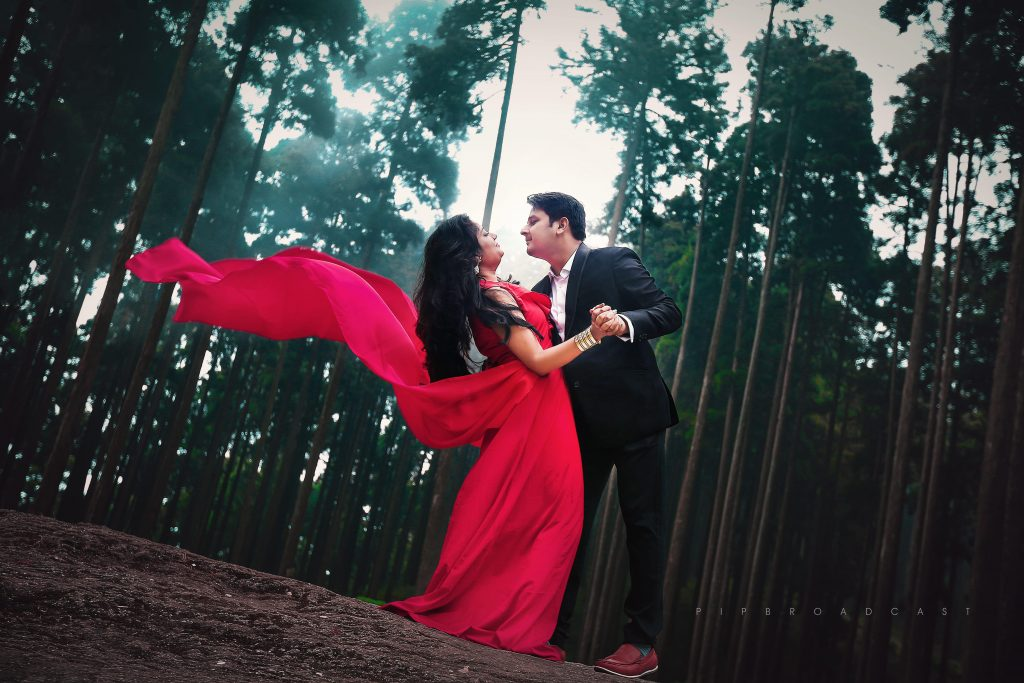 Love Bollywood 4 Pre Wedding Shoot Ideas For Every Filmy Couple
